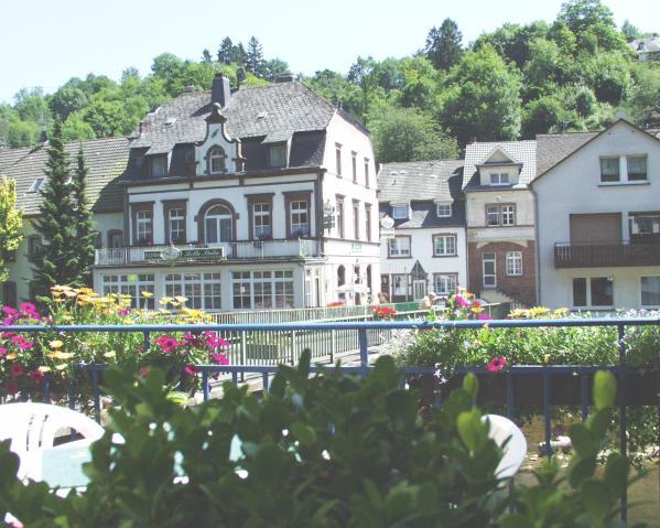 Hotel m ller photo gallery for Hotels in eifel germany